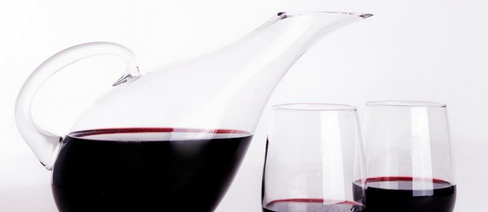 Quando, como e por que devemos decantar um vinho?