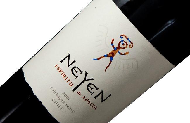 Vinho Neyen Blend 2007 Apalta Chile