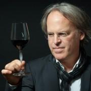 Os 100 Melhores Vinhos de 2015, segundo James Suckling
