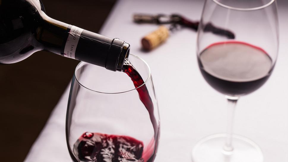 b0052eb06a Arquivo para 5 erros comuns que as pessoas cometem ao beber vinho ...