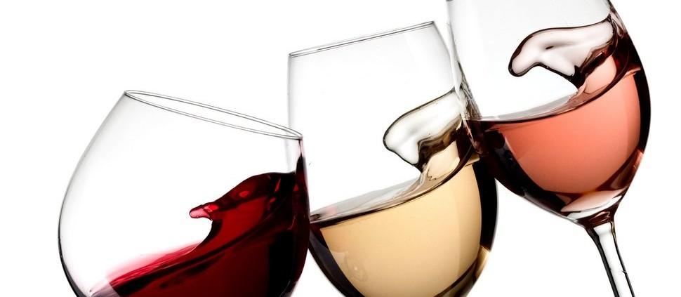 É possível produzir vinho branco a partir de uvas tintas