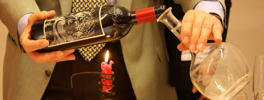 Aprenda quando decantar um vinho