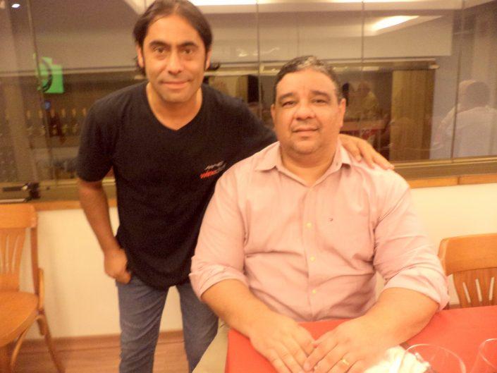 O Sommelier Conseil Alex Ordenes, junto a Silvestre Tavares, do Blog Vivendo a Vida