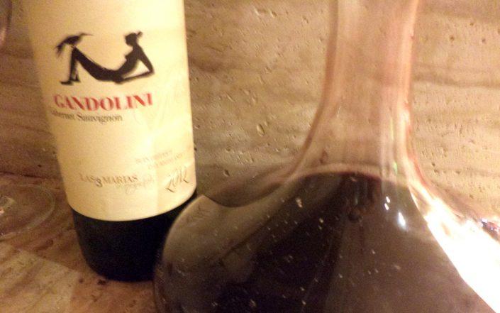 Decantador com o vinho Gandolini Wines Las 3 Marías, 2012