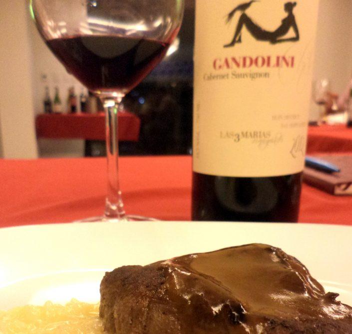 Gandolini Wines Las 3 Marías, 2012 junto ao prato principal da degustação